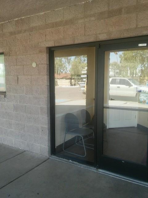storefront door glass replacement
